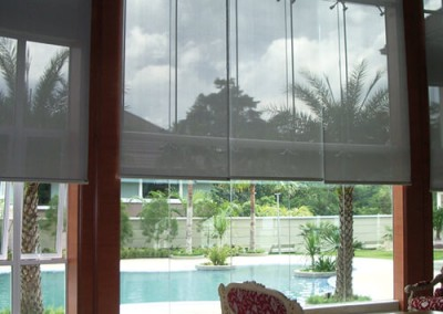 Roller-Blinds-Motorised